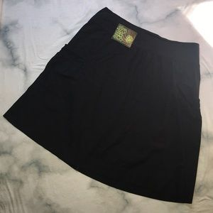 NWOT DIVIDED H&M midi skirt with cargo pockets